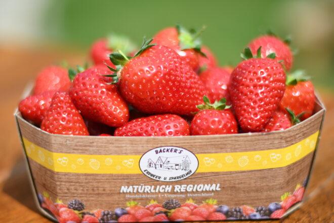 Bäcker's Spargel aus Münster online bestellen · Dazu Bäcker's saftige Erdbeeren